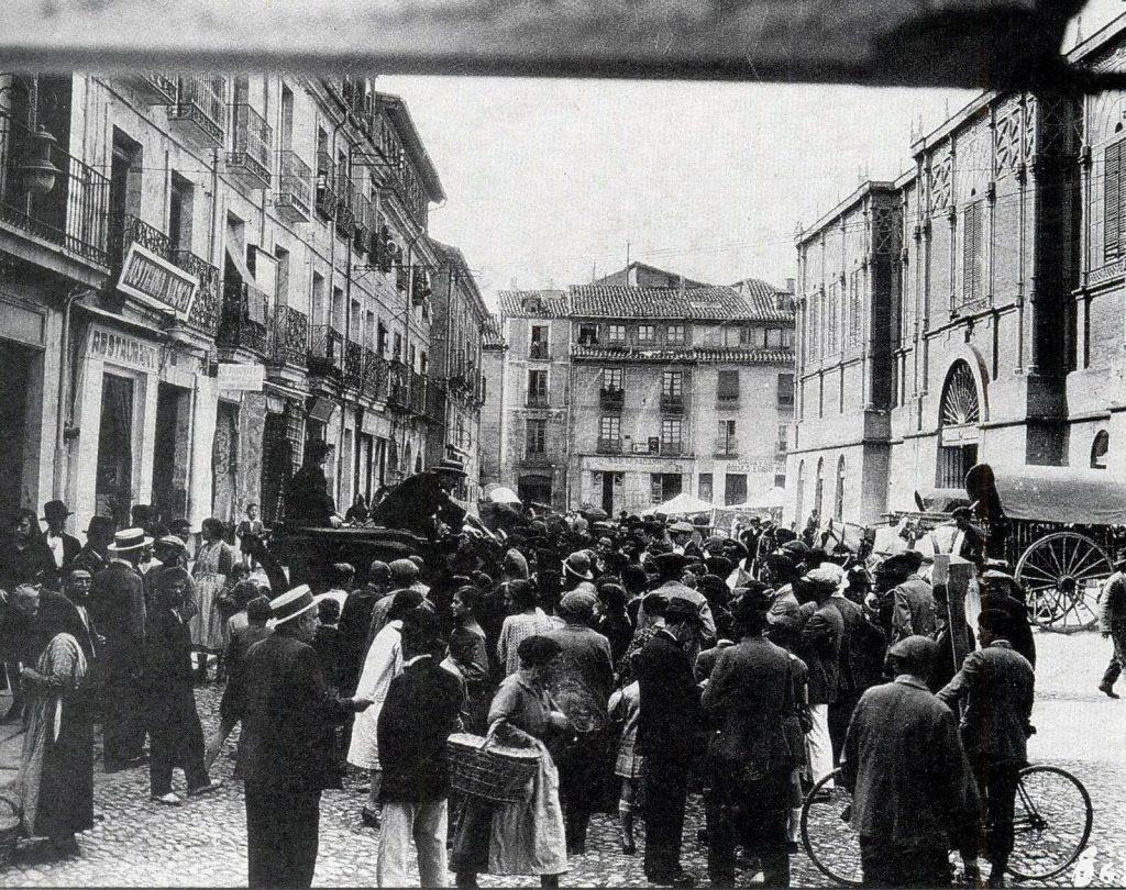 charlataness-plaza-del-mercado