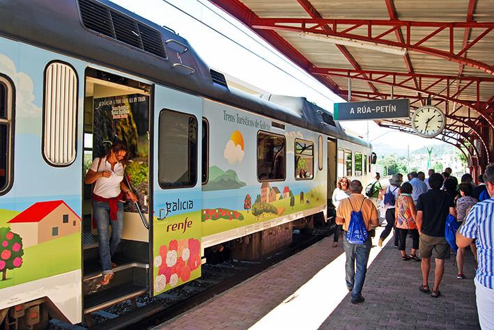 Estación de Tren - A Rúa-Petín