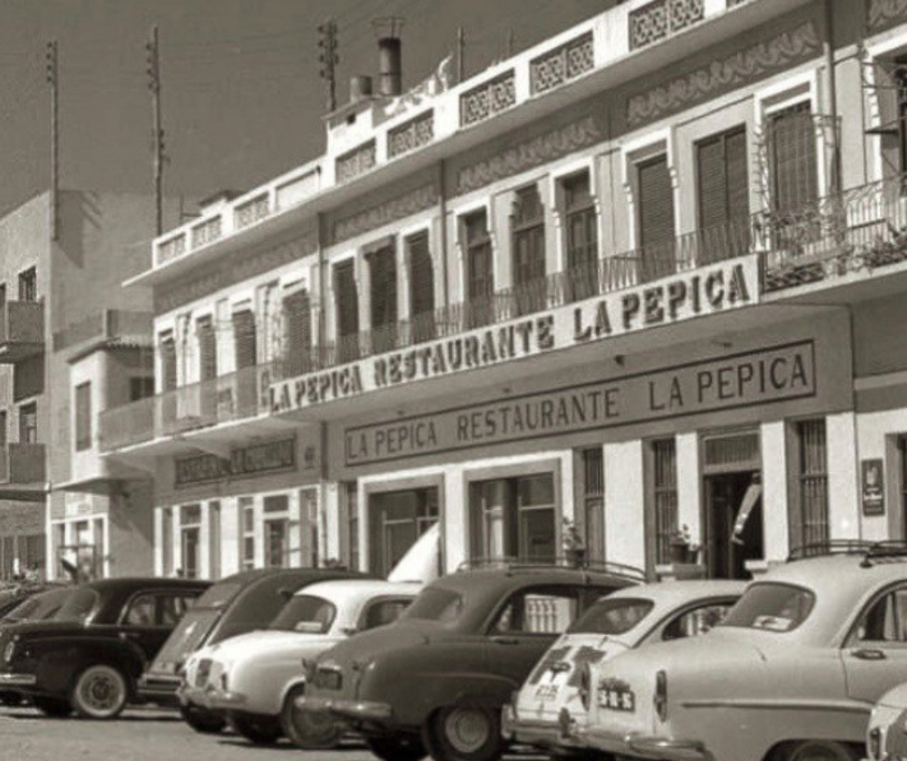 La Pepica: el arroz que enamoró a Hemingway | 5 barricas
