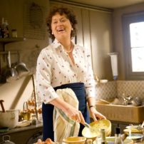 "Meryl Streep interpretando a ""Julia Child""."